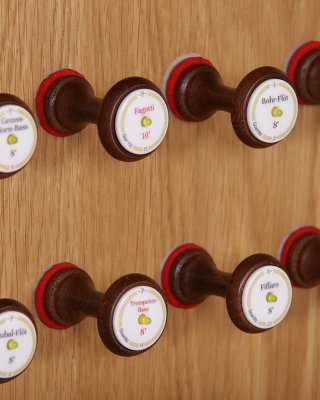 45 / 64 draw-knobs with LED's
